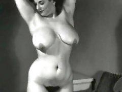 Big-boobed Model Antique Italian-yankee Honey - 1940's