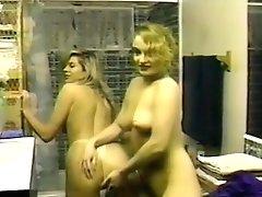 Butt Damsels